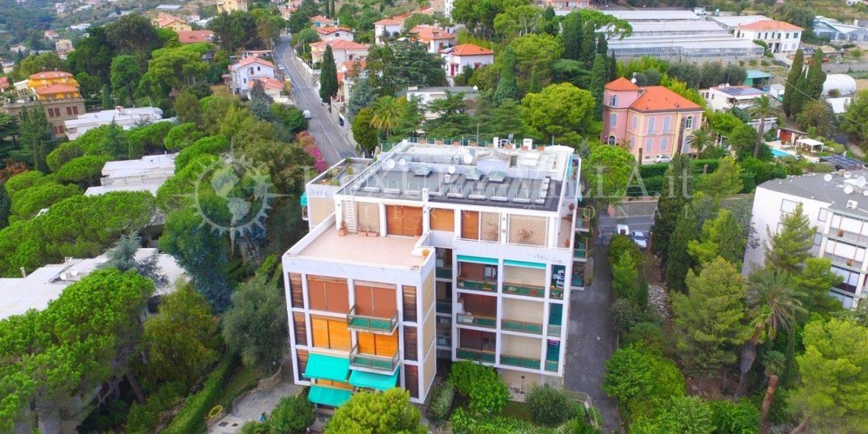 1-Appartamento vista mare in Vendita a Sanremo,corso degli inglesi
